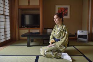 Ryokan Guest Sitting