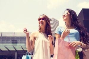 """中国人の海外旅行の消費金額は、昨年度より53%UP!""""爆買い""""からの変化とは"""