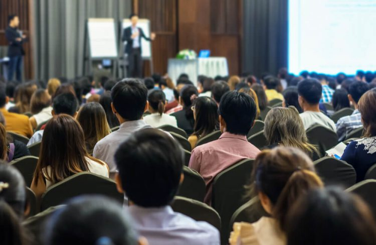 【2017年10月25日 東京都/新宿区】宿屋塾・「一緒に働きたい上司の共通点~人を生かし強い組織をつくる30つのポイント」