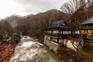 静岡県の老舗温泉旅館「大沢温泉ホテル」が破産開始決定。負債総額約4億2000万円