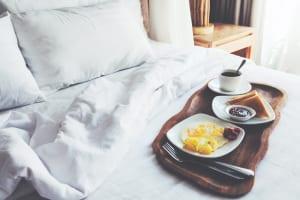 「ホテル オリエンタルエクスプレス 大阪心斎橋」開業、宿泊に特化しカジュアルな滞在を提供。