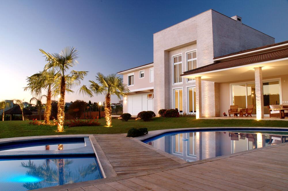 「Relux」が民泊施設等を提案・代理予約する「Vacation Homeコンシェルジュサービス」を開始。