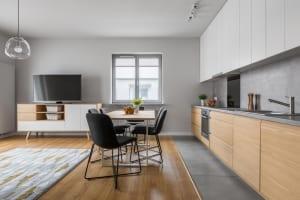 SQUEEZEとスター・マイカが協業、民泊とマンスリーマンションのハイブリット運用サービス「アップサイドシェアプラン」を提供開始。