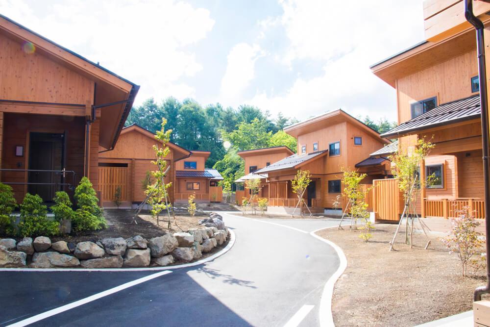 木の香りに癒される和風ログハウス「富士山リゾートログハウス ふようの宿」が富士山の麓に開業
