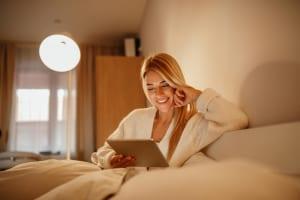 日立情報通信エンジニアリング「ホテル向けIPテレフォニーソリューション」を販売、サービス品質と業務効率の向上をサポート