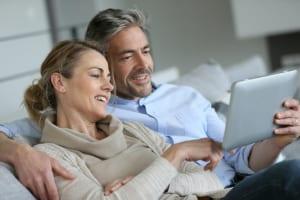客室設置型タブレット「イータブ・プラス」がホテルグリーンプラザ箱根の全客室に導入