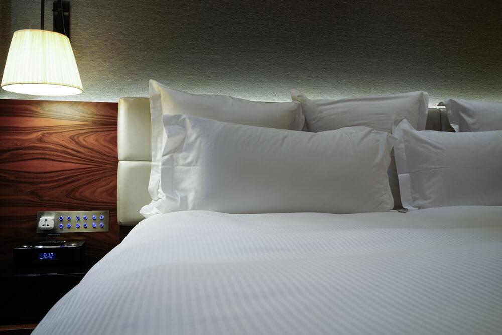 都内56棟目の「アパホテル」が浅草に開業、全室禁煙・自動チェックイン機も導入
