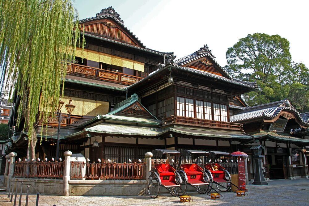 JR四国が松山市の「道後やや」を取得、JR四国ホテルズが運営し観光列車とのセットも検討