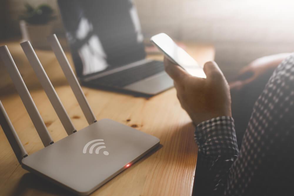 PicoCELA、LANケーブルを大幅に削減する無線LAN親機『PCWL-0410』を2019年3月より販売開始