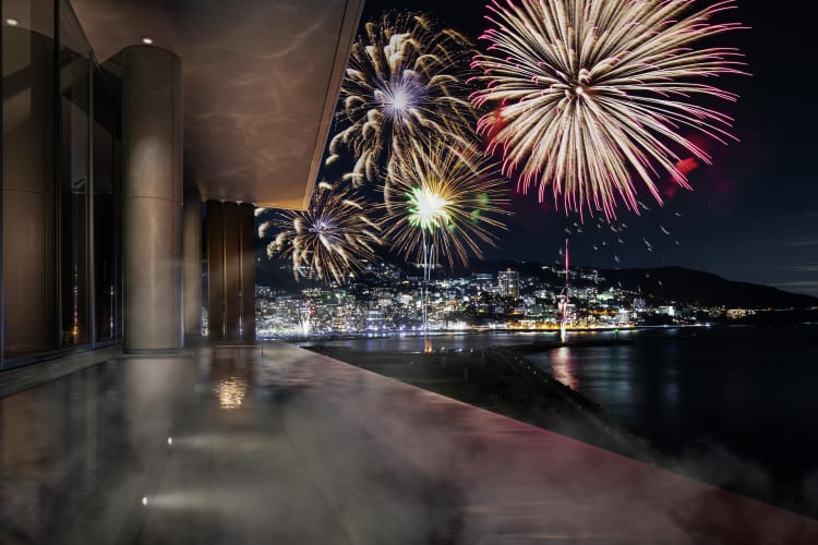 """再ブームの""""熱海""""に新施設!東京ドーム、複合型リゾート「ATAMI BAY RESORT KORAKUEN」を3月28日に開業"""