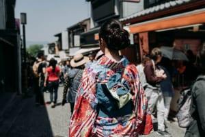 """日本人の""""京都離れ""""が加速、外国人宿泊客が増加する一方で日本人宿泊者数は4年連続減少"""