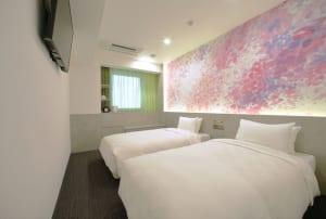 「ホテル オリエンタルエクスプレス 東京銀座」オープン、新進気鋭のアーティストとコラボし作品も展示