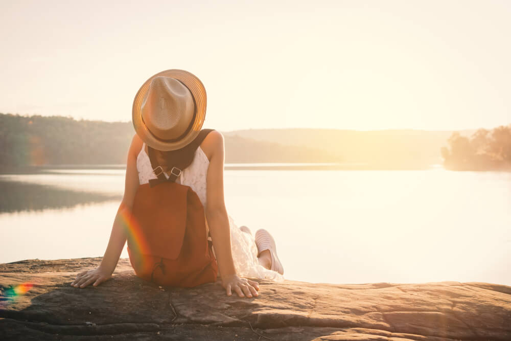 Hotels.comが一人旅に関する調査結果を発表、82%が「グループ旅の途中で一人になりたい」