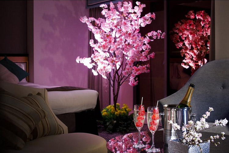 【ホテルニューオータニ】今年の春は ホテルでお花見「夜桜スイート」プラン販売