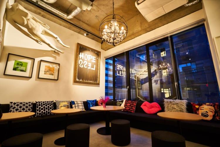 〜アートと泊まるホステル〜 大阪・心斎橋のCATALYST ART HOTELの運営を株式会社PLAY&coが開始